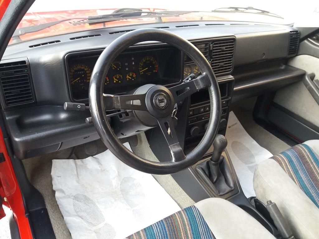 Lancia Delta HF Turbo i.e (14)