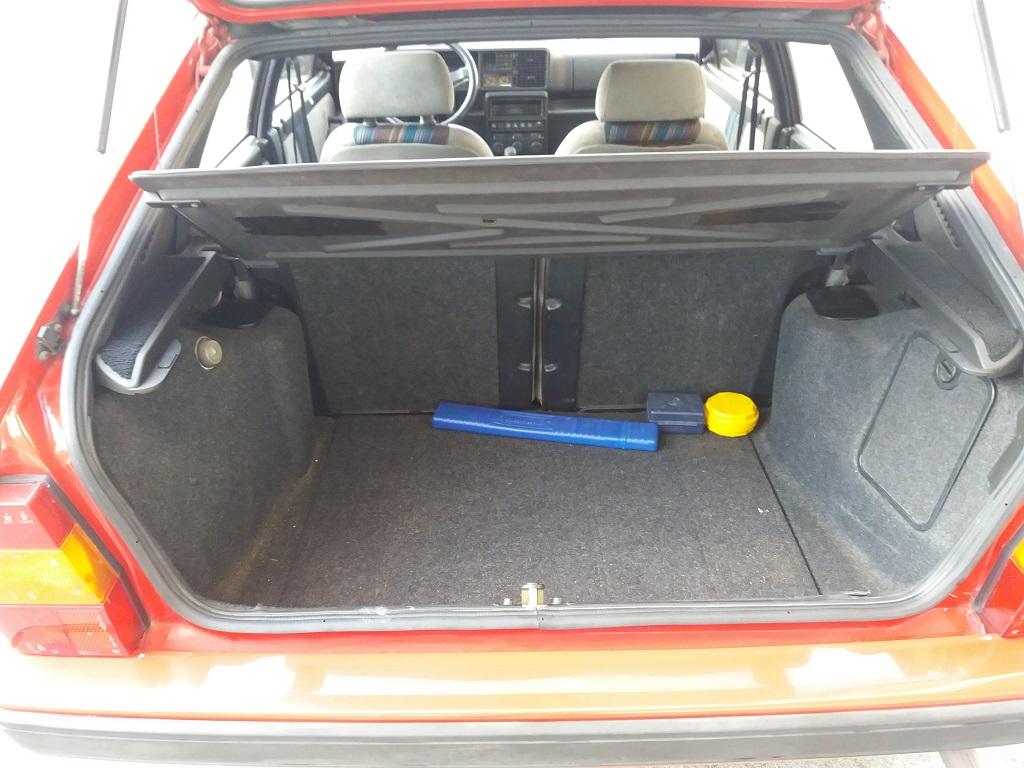 Lancia Delta HF Turbo i.e (37)
