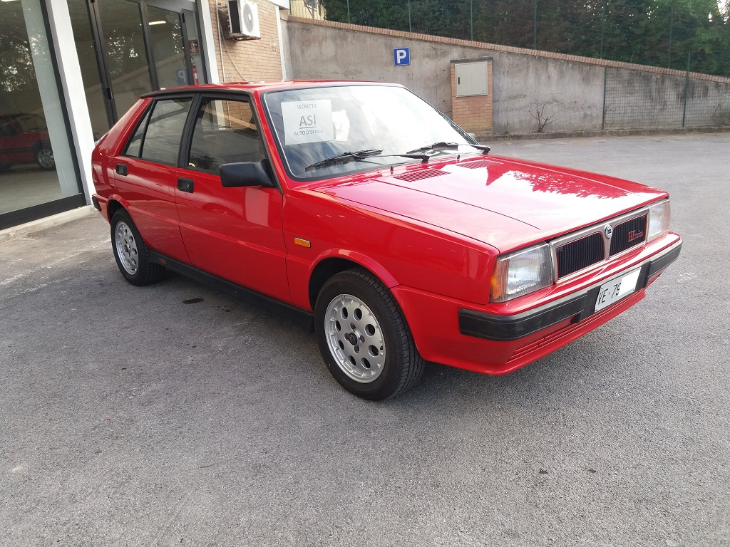 Lancia Delta HF Turbo i.e (7)