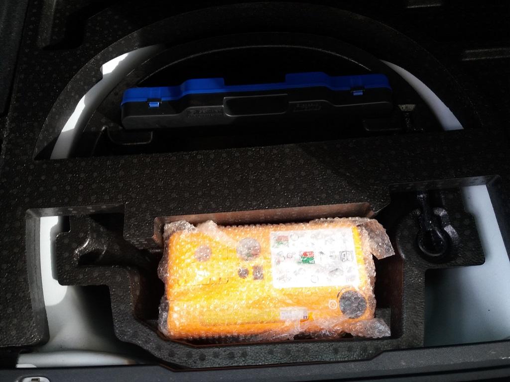 Peugeot 2008 1.2 VTi 82 cv Active (28)