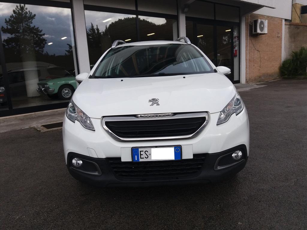 Peugeot 2008 1.2 VTi 82 cv Active (38)