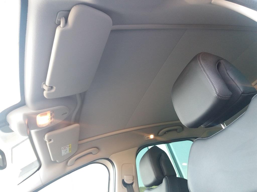 Peugeot 3008 BlueHDi 120 S&S Allure (24)