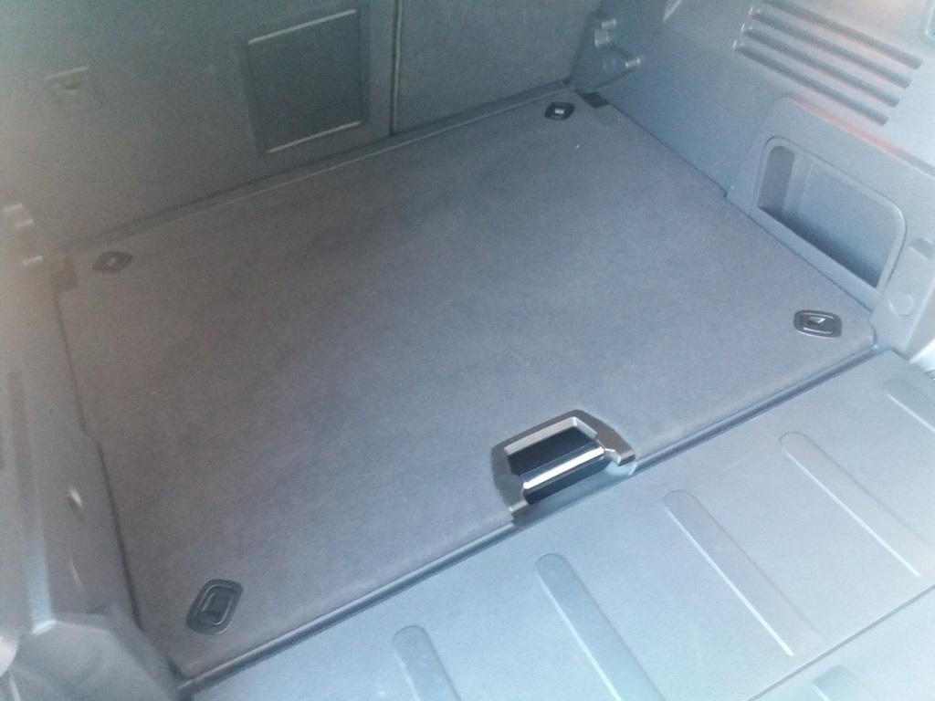Peugeot 3008 BlueHDi 120 S&S Allure (35)