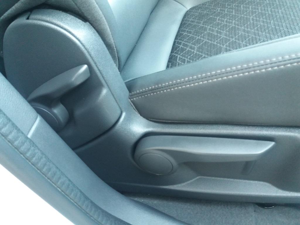 Peugeot 3008 BlueHDi 120 S&S Allure (48)