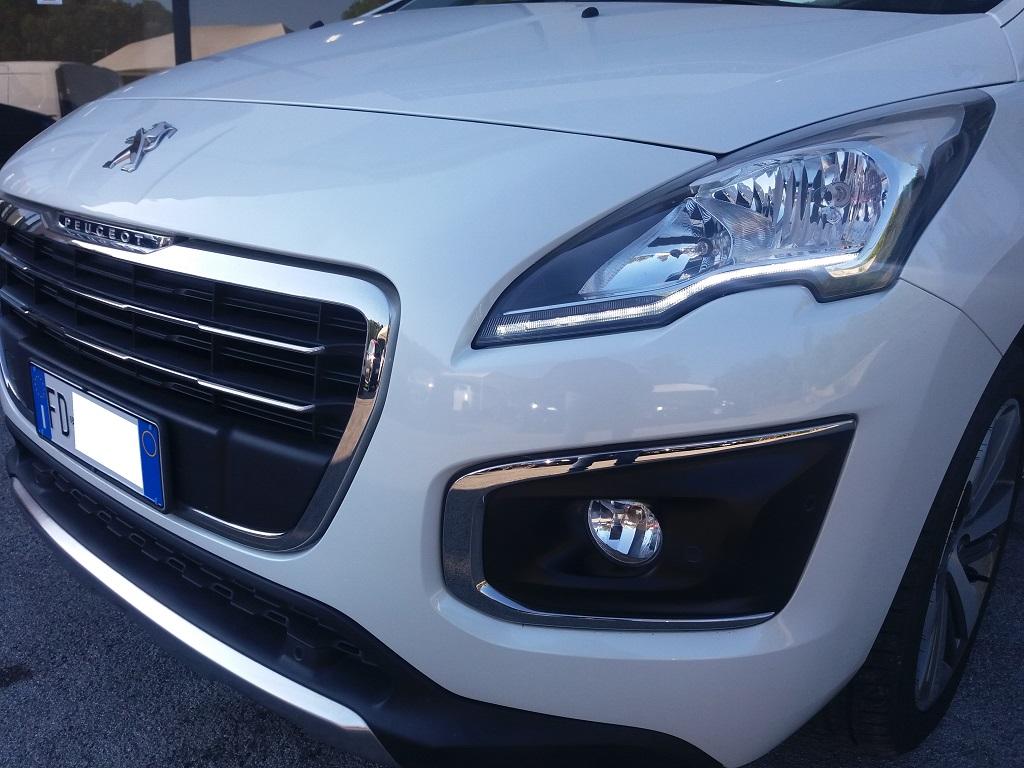 Peugeot 3008 BlueHDi 120 S&S Allure (55)