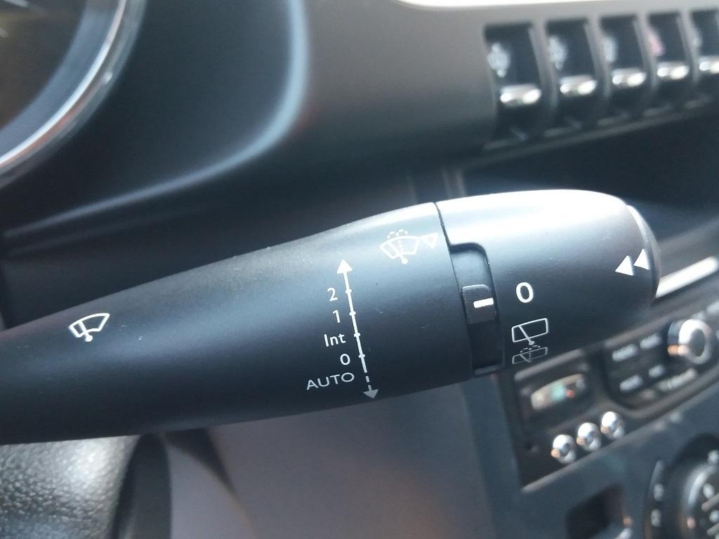Peugeot 3008 BlueHDi 120 S&S Allure (76)