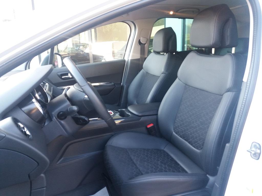 Peugeot 3008 BlueHDi 120 S&S Allure (9)