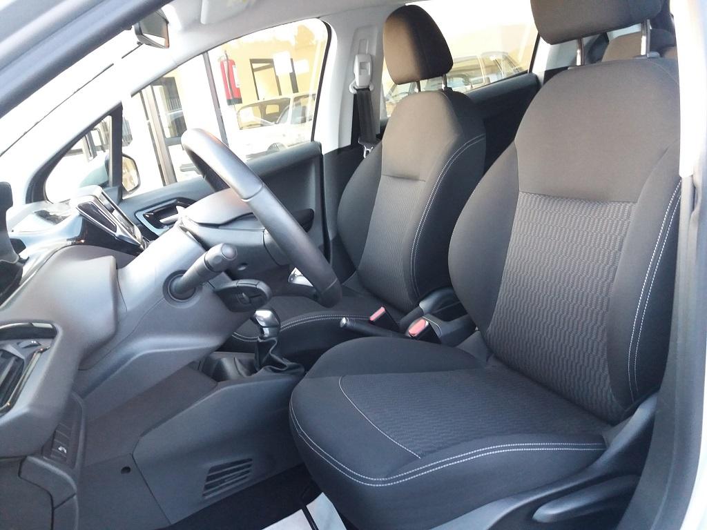Peugeot 208 BlueHDi 75 5p Active (11)