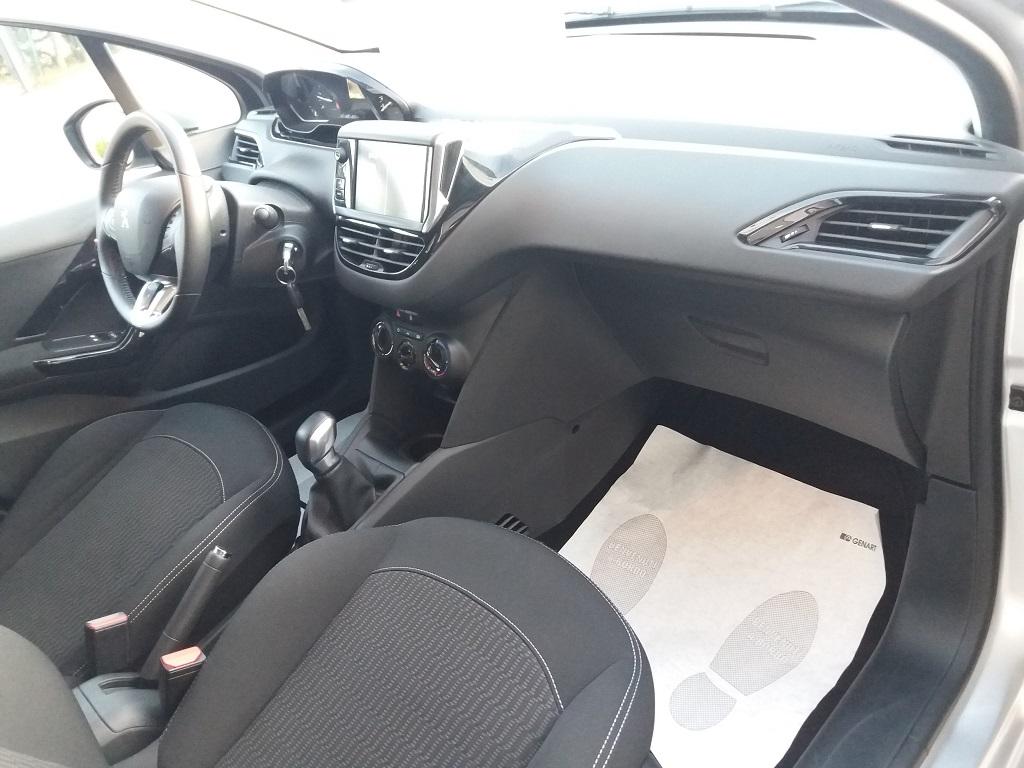 Peugeot 208 BlueHDi 75 5p Active (16)