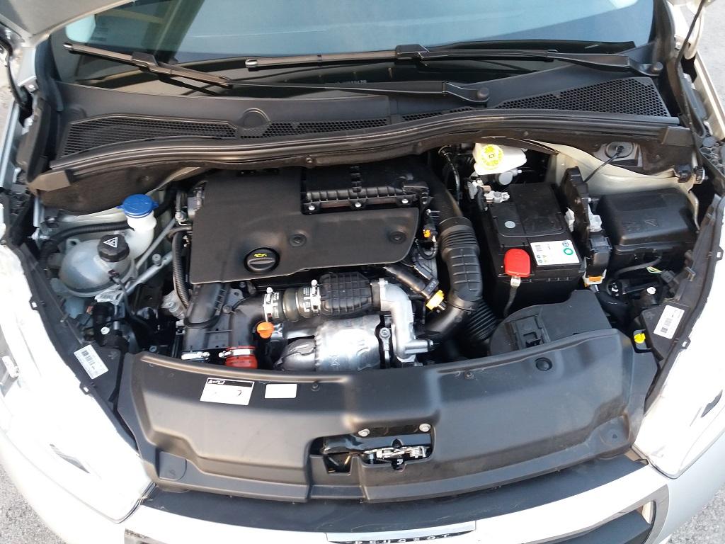 Peugeot 208 BlueHDi 75 5p Active (31)
