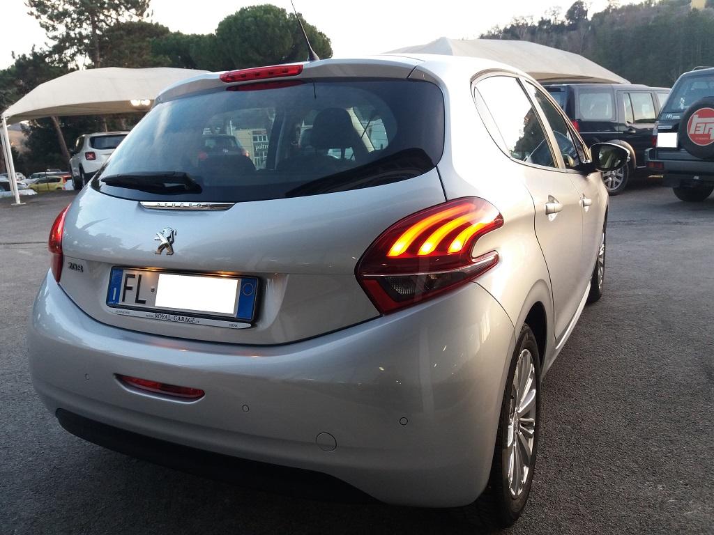 Peugeot 208 BlueHDi 75 5p Active (8)