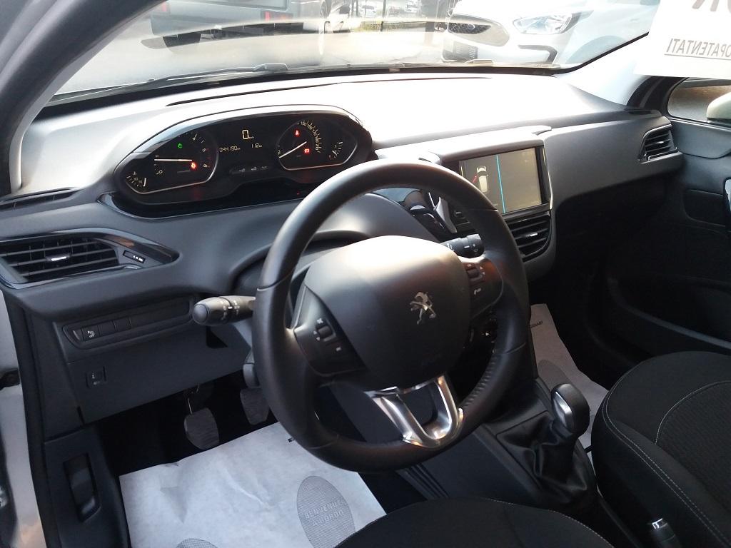 Peugeot 208 BlueHDi 75 5p Active (9)