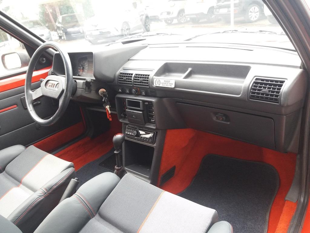 Peugeot 205 1.9 GTI 130 cv (15)