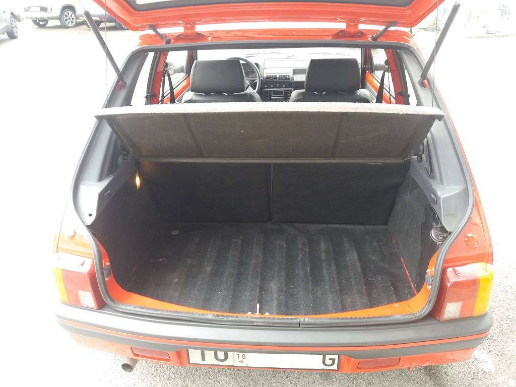 Peugeot 205 1.9 GTI 130 cv (16)