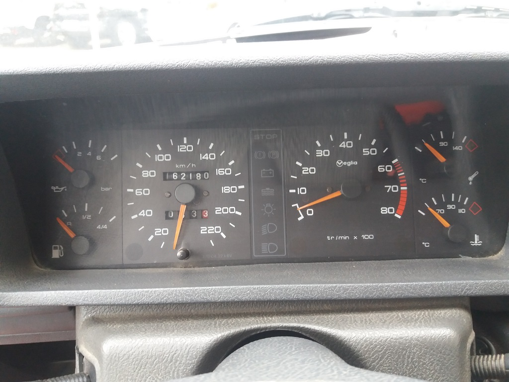 Peugeot 205 1.9 GTI 130 cv (20)
