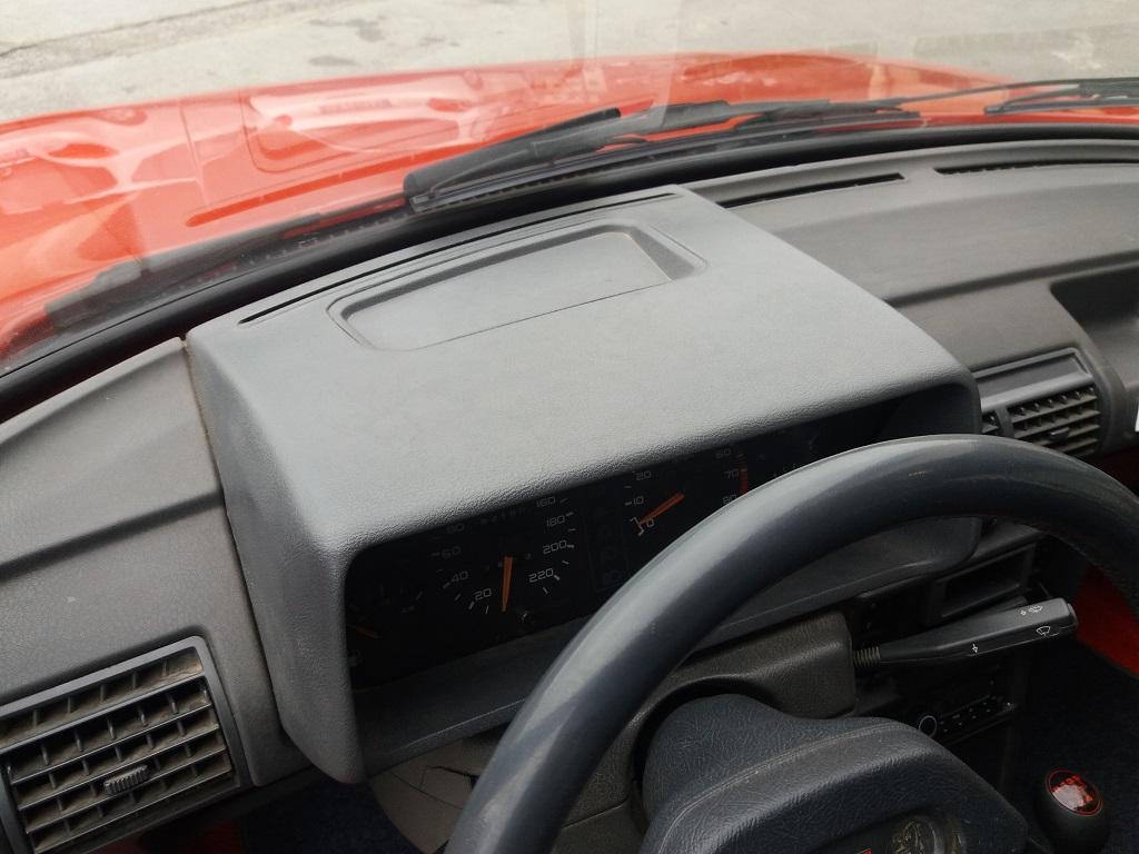 Peugeot 205 1.9 GTI 130 cv (32)