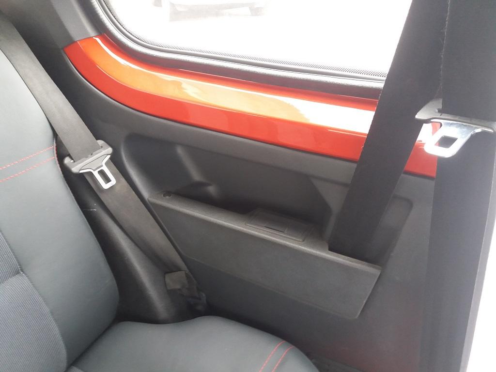 Peugeot 205 1.9 GTI 130 cv (47)