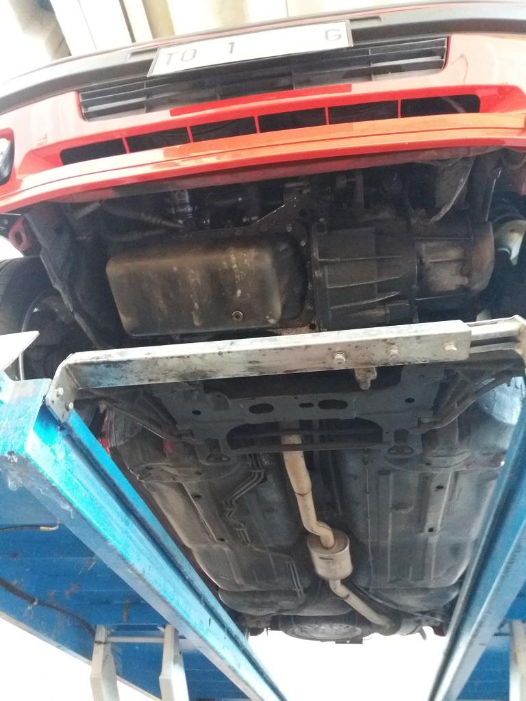 Peugeot 205 1.9 GTI 130 cv (52)
