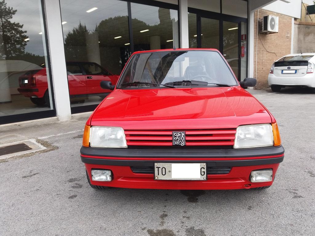 Peugeot 205 1.9 GTI 130 cv (8)