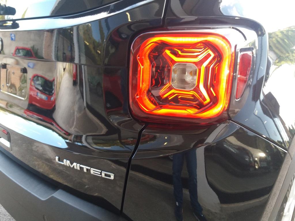 Jeep Renegade 1.6 MJET 120 cv Limited (22)