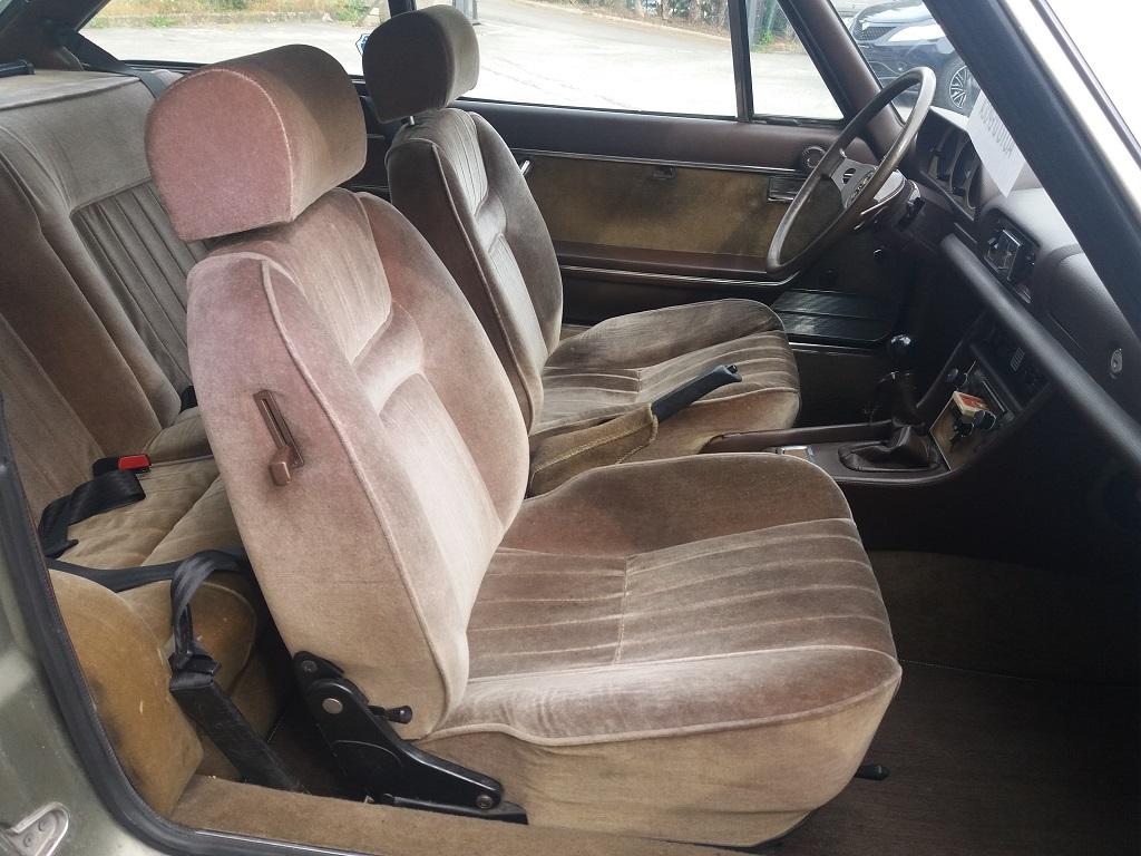 Peugeot 504 Coupé 2.0 (18)