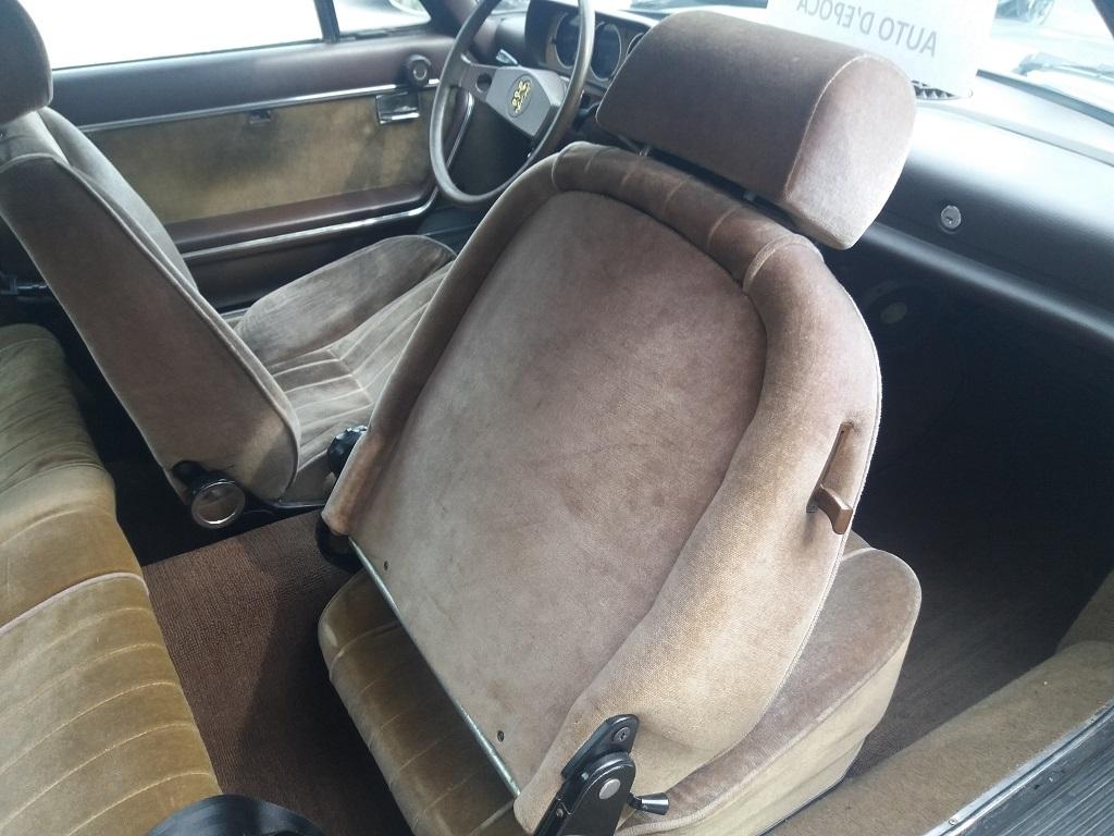 Peugeot 504 Coupé 2.0 (19)