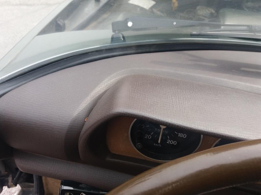 Peugeot 504 Coupé 2.0 (57)