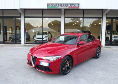 Alfa Romeo Giulia 2.2 Turbodiesel 180 cv AT8 Sport (1)