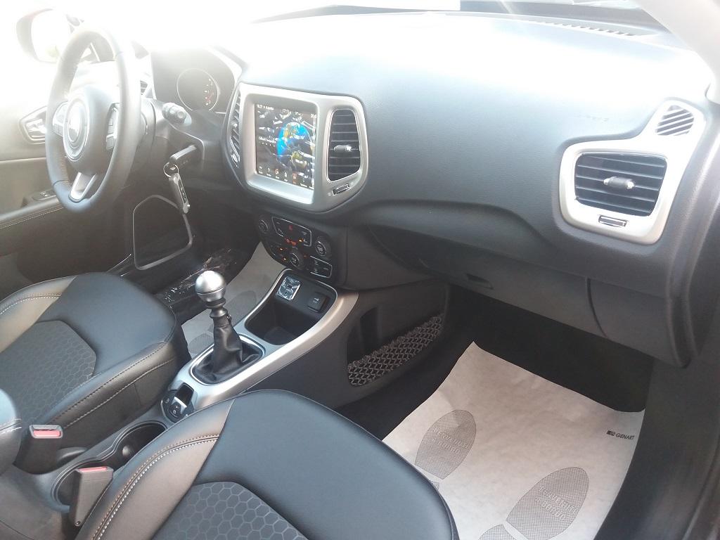 Jeep Compass 1.6 MJET 120 cv Business 2WD (18)