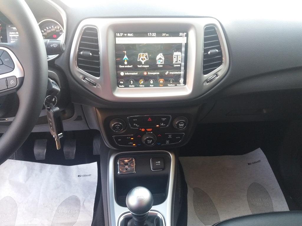 Jeep Compass 1.6 MJET 120 cv Business 2WD (38)