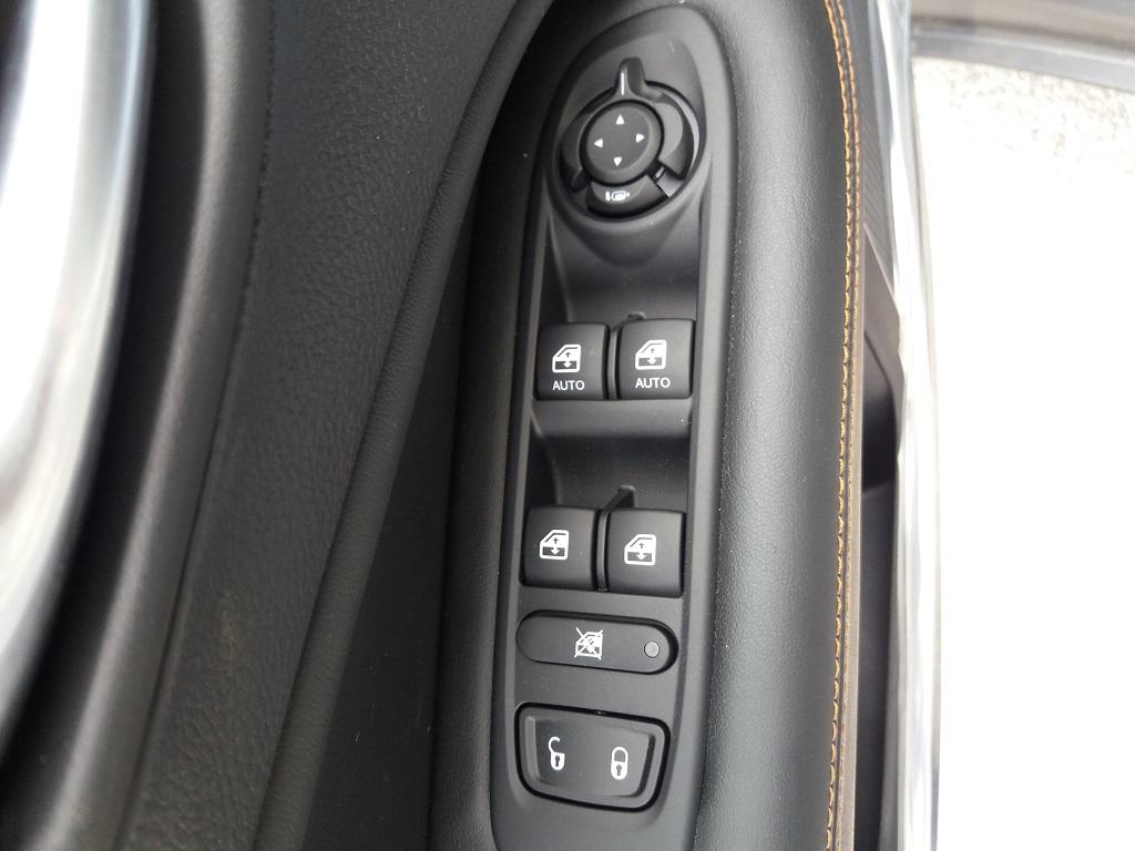 Jeep Compass 1.6 MJET 120 cv Limited 2WD (14)