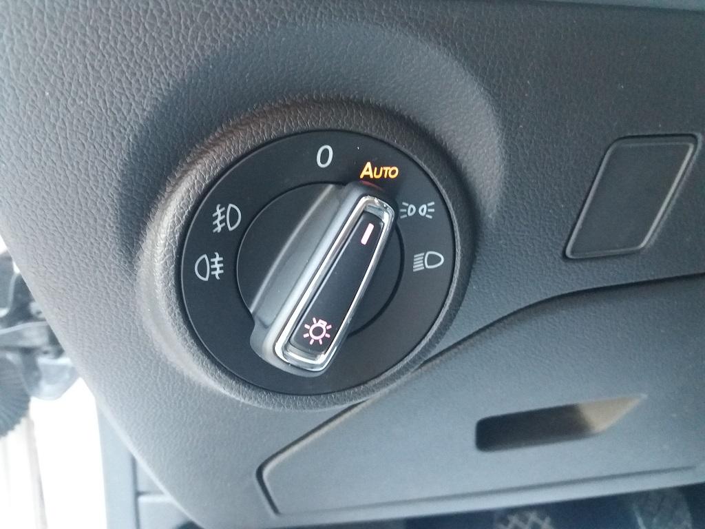 Seat Leon 2.0 TDI 150 cv 5p Start-Stop FR (26)