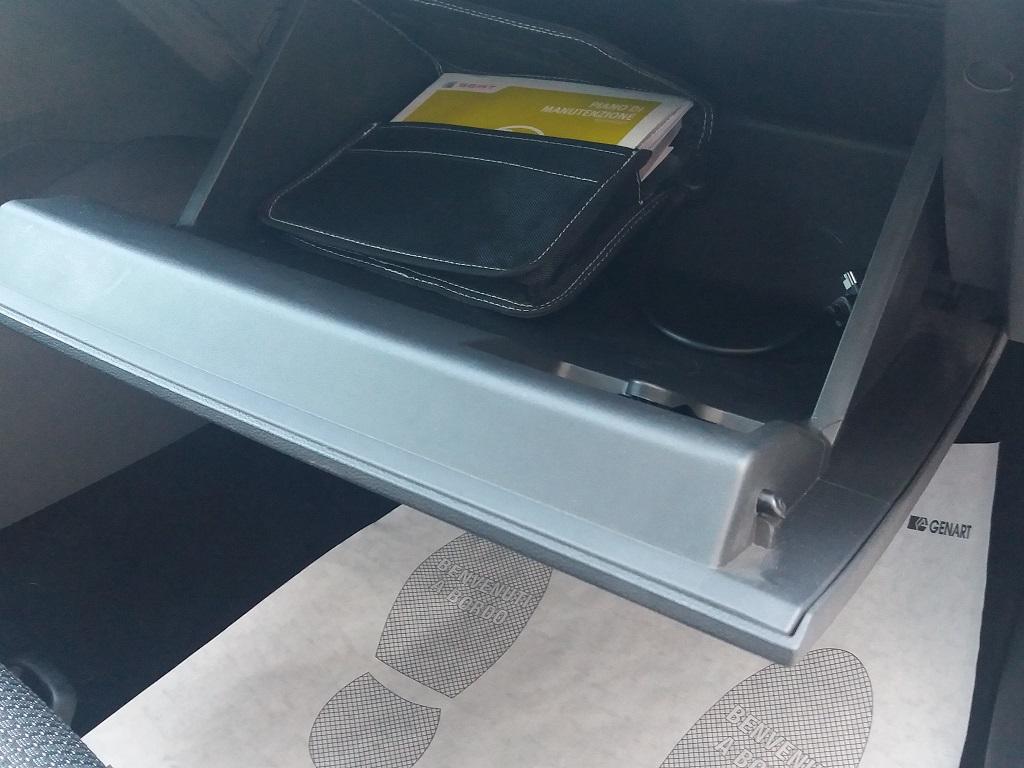 Seat Leon 2.0 TDI 150 cv 5p Start-Stop FR (42)