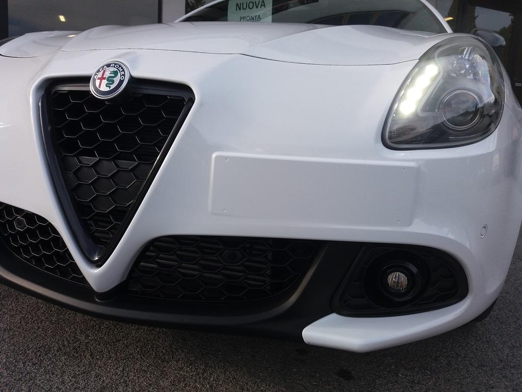 Alfa Romeo Giulietta 1.6 JTDm 120 cv B-TECH (35)