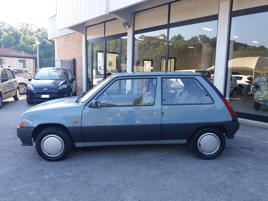 Renault 5 Supercinque 1.1 3p GL (2)