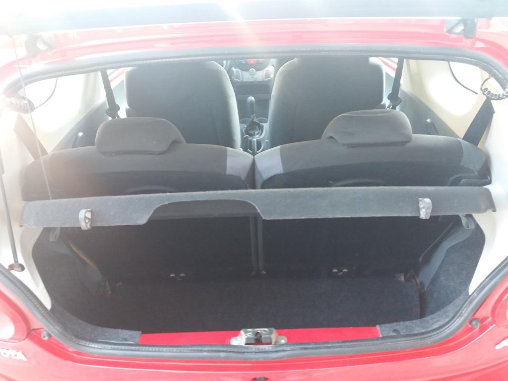 Toyota Aygo 1.4 D-4D 3p Sol (15)