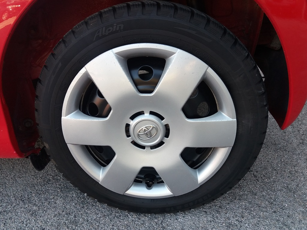 Toyota Aygo 1.4 D-4D 3p Sol (17)