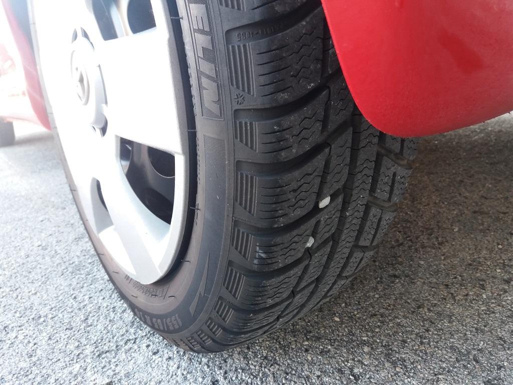 Toyota Aygo 1.4 D-4D 3p Sol (18)