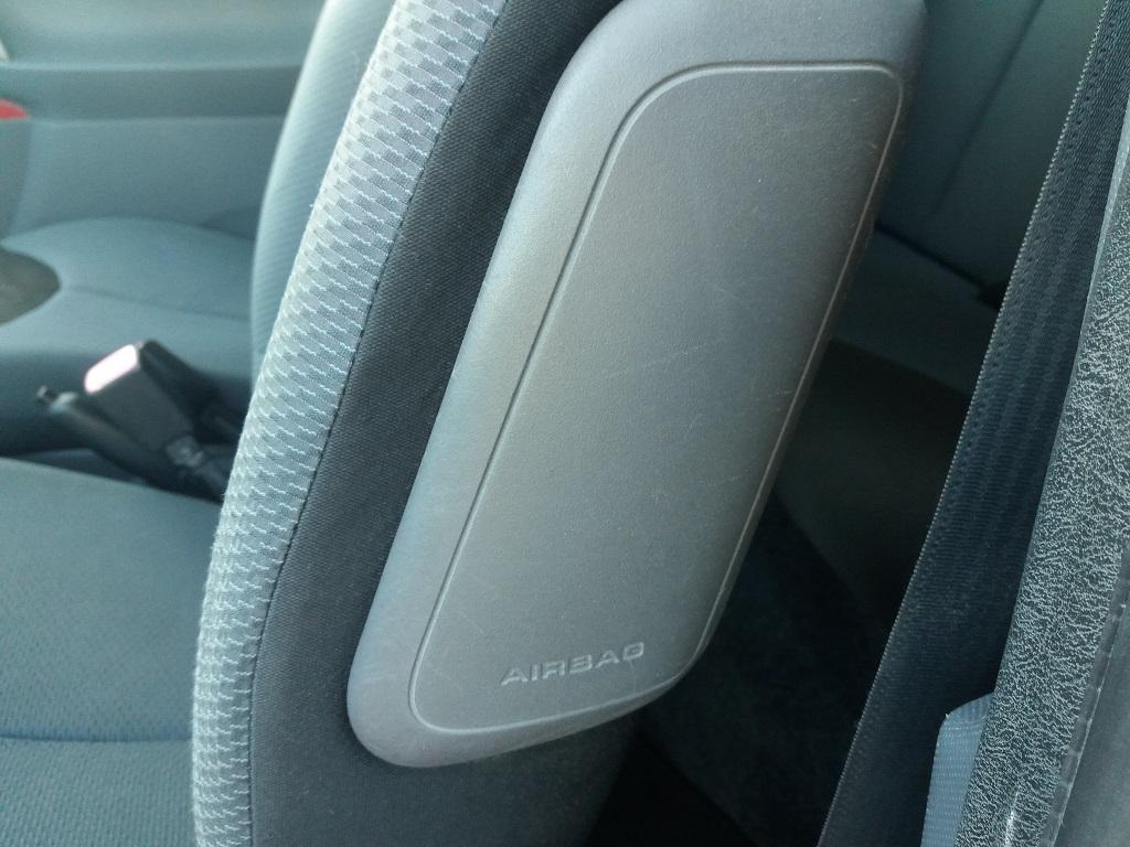 Toyota Aygo 1.4 D-4D 3p Sol (19)