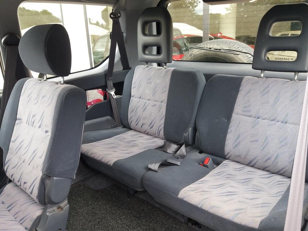 Toyota Land Cruiser KZJ95 3.0 Turbodiesel 5p GX (16)