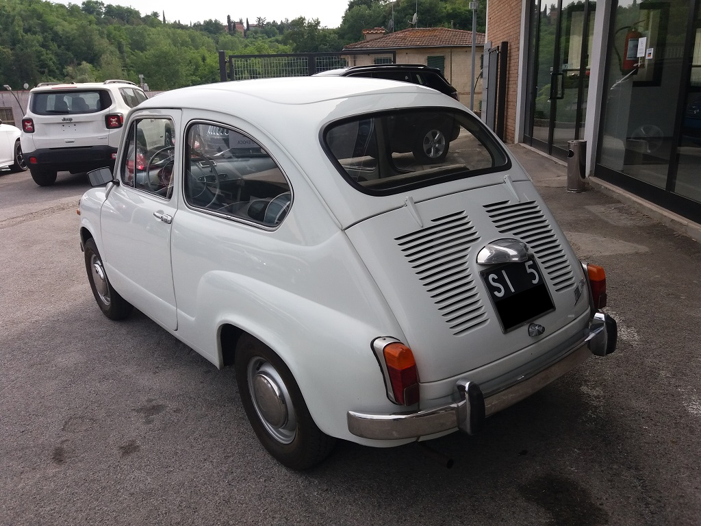 Fiat 600 D 750 (terza serie) fanalona (3)