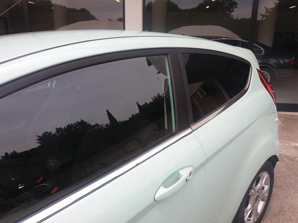 Ford Fiesta 1.5 TDCi 95 cv 3p Titanium (23)