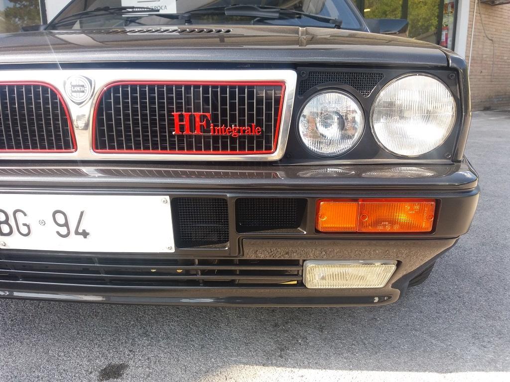 Lancia Delta HF Integrale 8v (41)