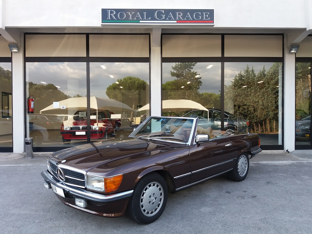 Mercedes-Benz 280 SL (R107) (1)