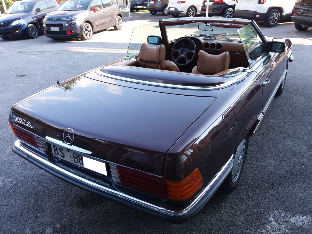 Mercedes-Benz 280 SL (R107) (5)
