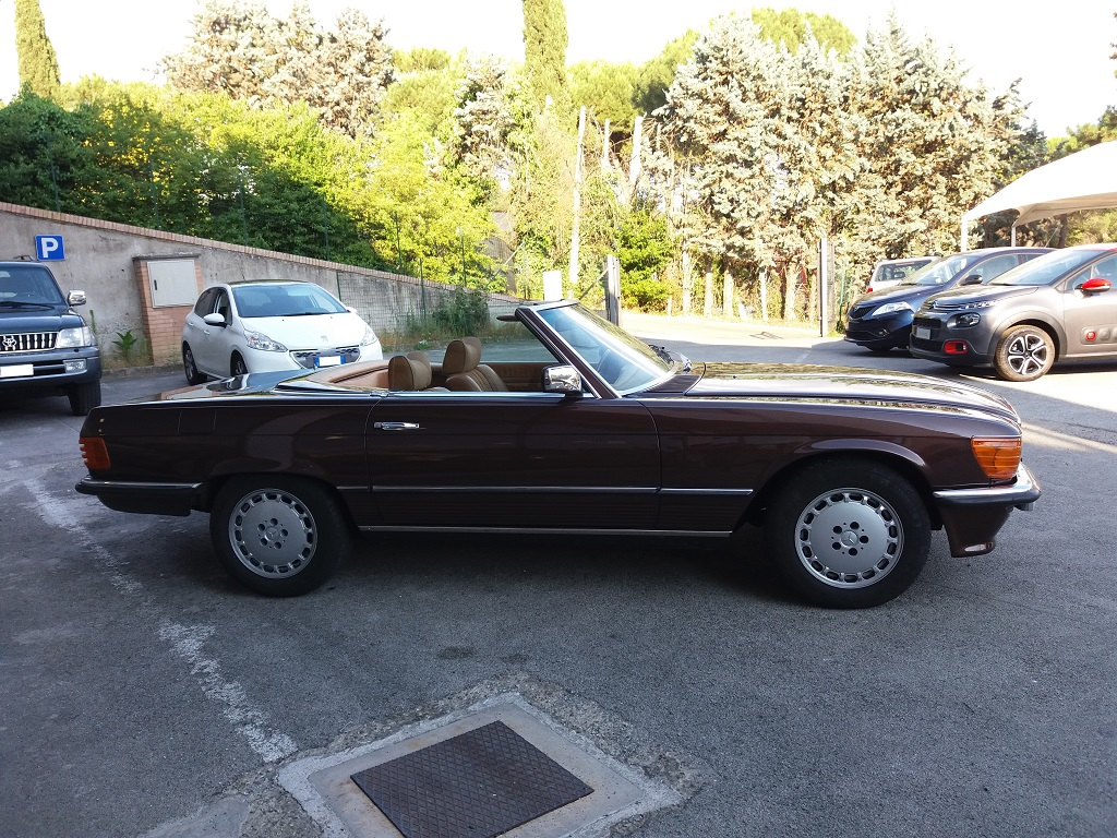 Mercedes-Benz 280 SL (R107) (6)