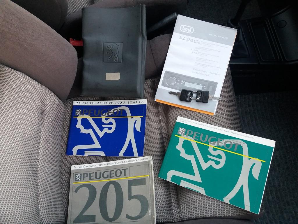 Peugeot 205 D Turbo 3p (45)