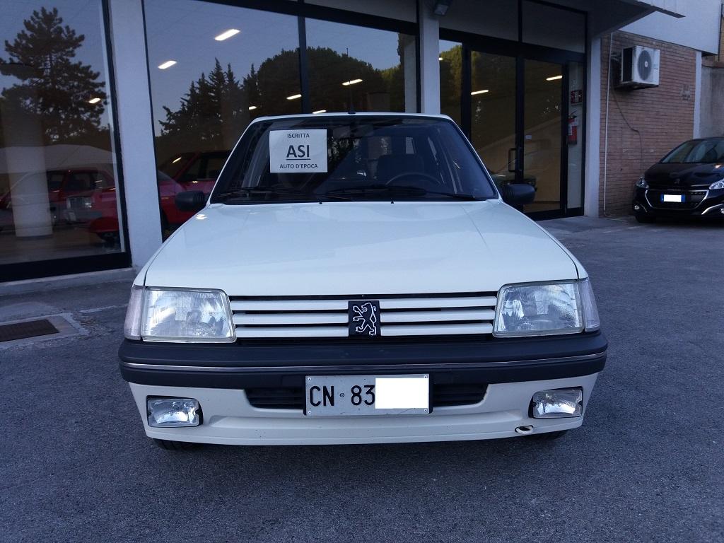 Peugeot 205 D Turbo 3p (8)