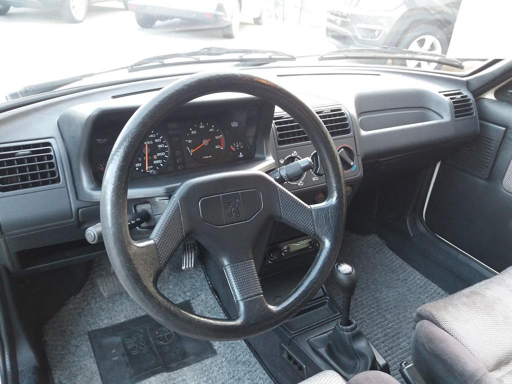 Peugeot 205 D Turbo 3p (9)