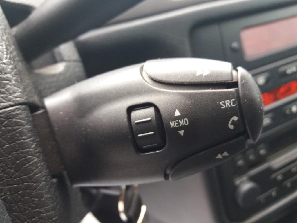 Peugeot 406 Coupé 2.2 16v HDi FAP (18)